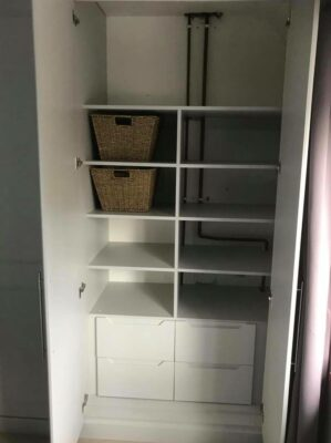 Combination of internal drawers, box shelving and top shelving